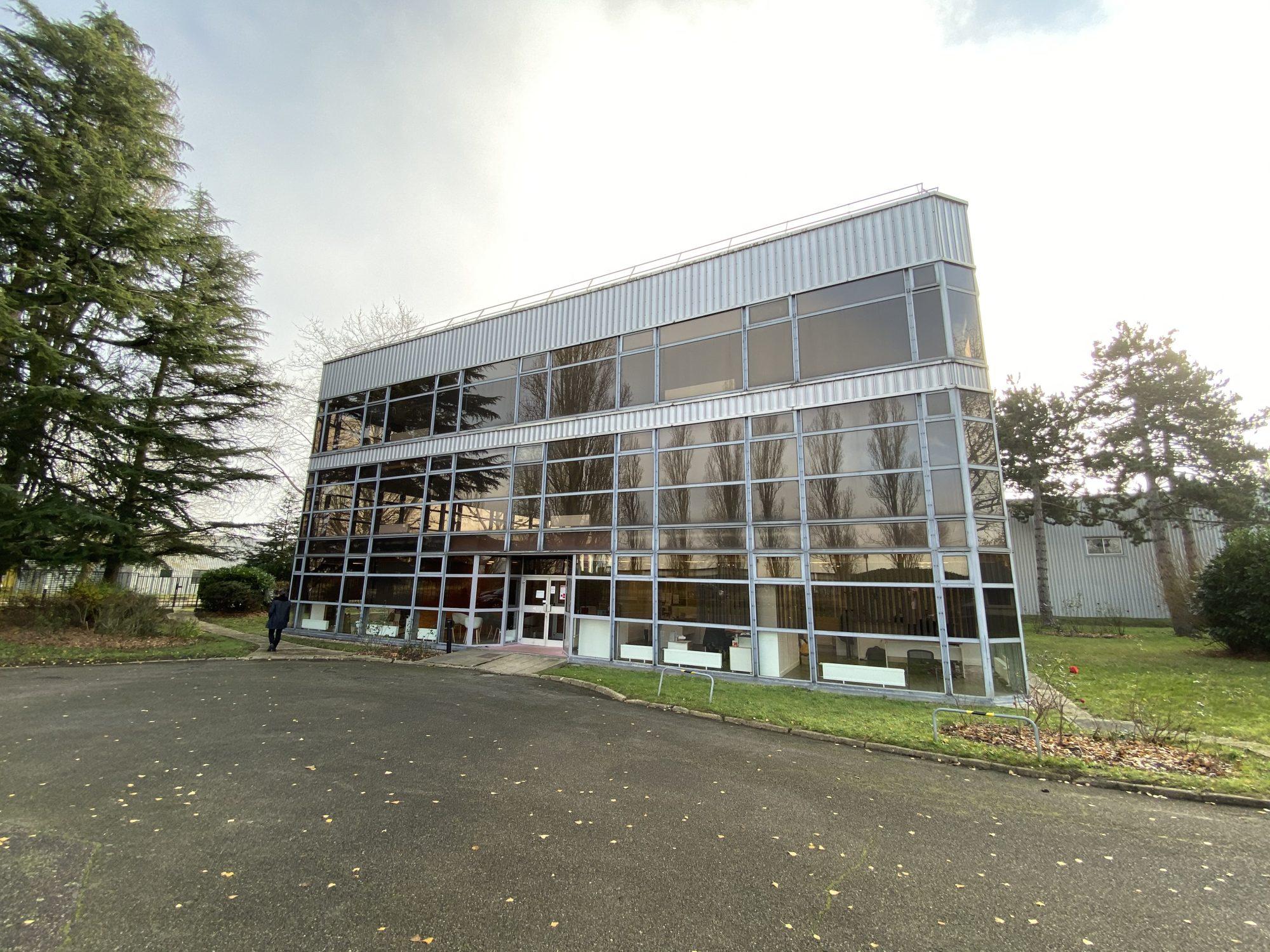 Copropriété professionnelle – Immeuble de bureaux 1060 M<sup>²</sup> à Trappes (78)